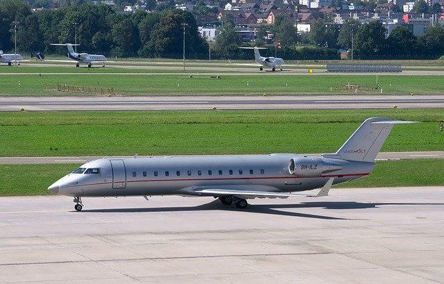 טיסה פרטית